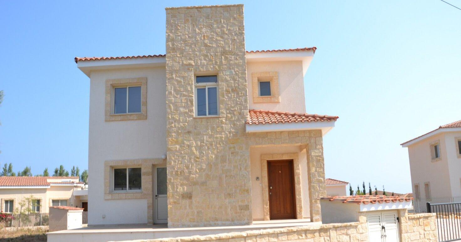 Deluxe 3 bedroom beach-front villa in a Cyprus village